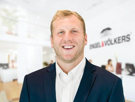 Luxury Real Estate Broker Beau Blankenship Tells All About Investing