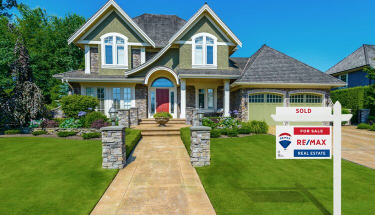 Re/Max settles lawsuit against competitor eXp Realty